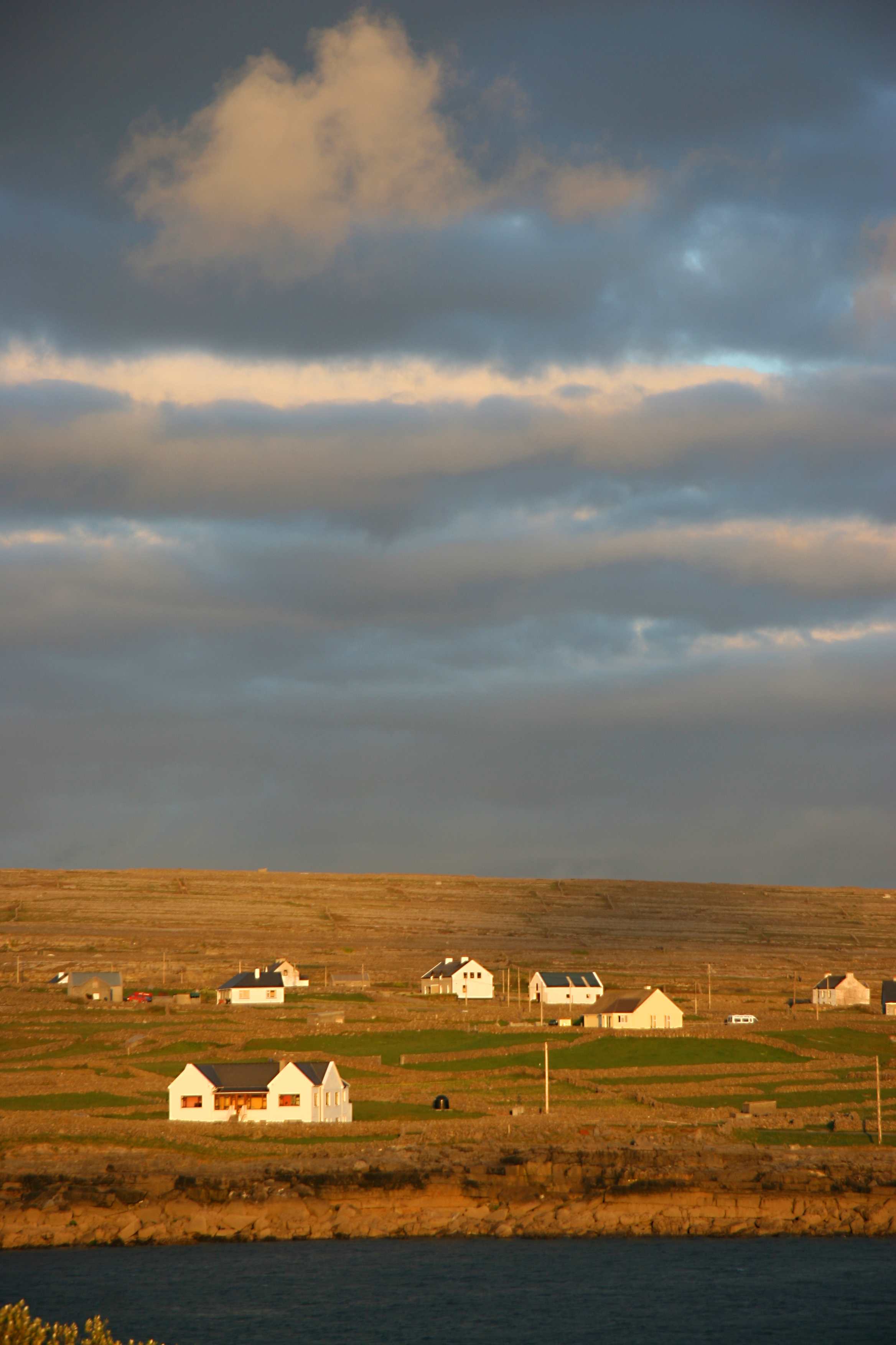 Cottages, Aran Islands Ireland.jpg