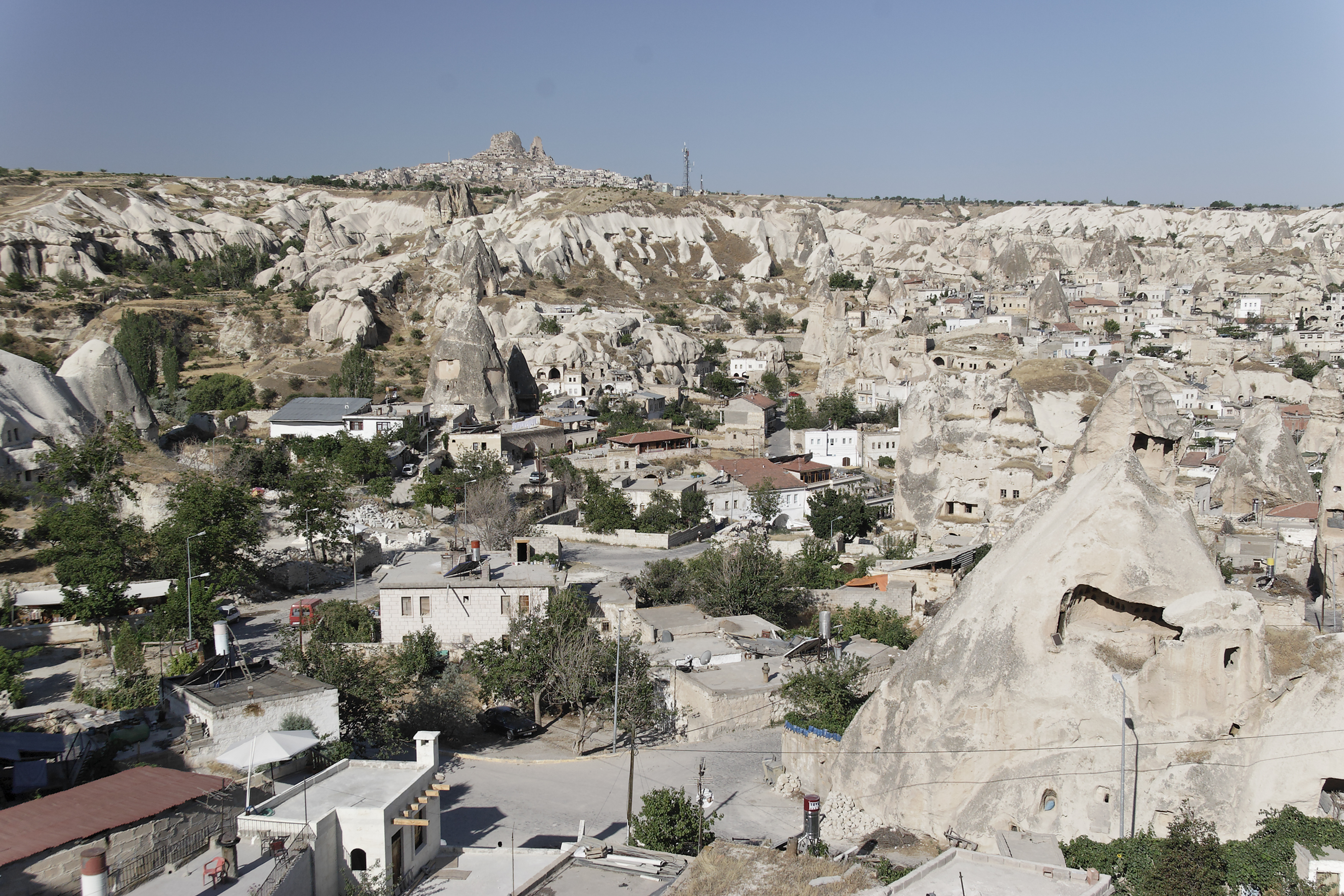 Fairy chimney rock formations, Goreme, Cappadocia Turkey 31.jpg - Goreme, Cappadocia, Turkey