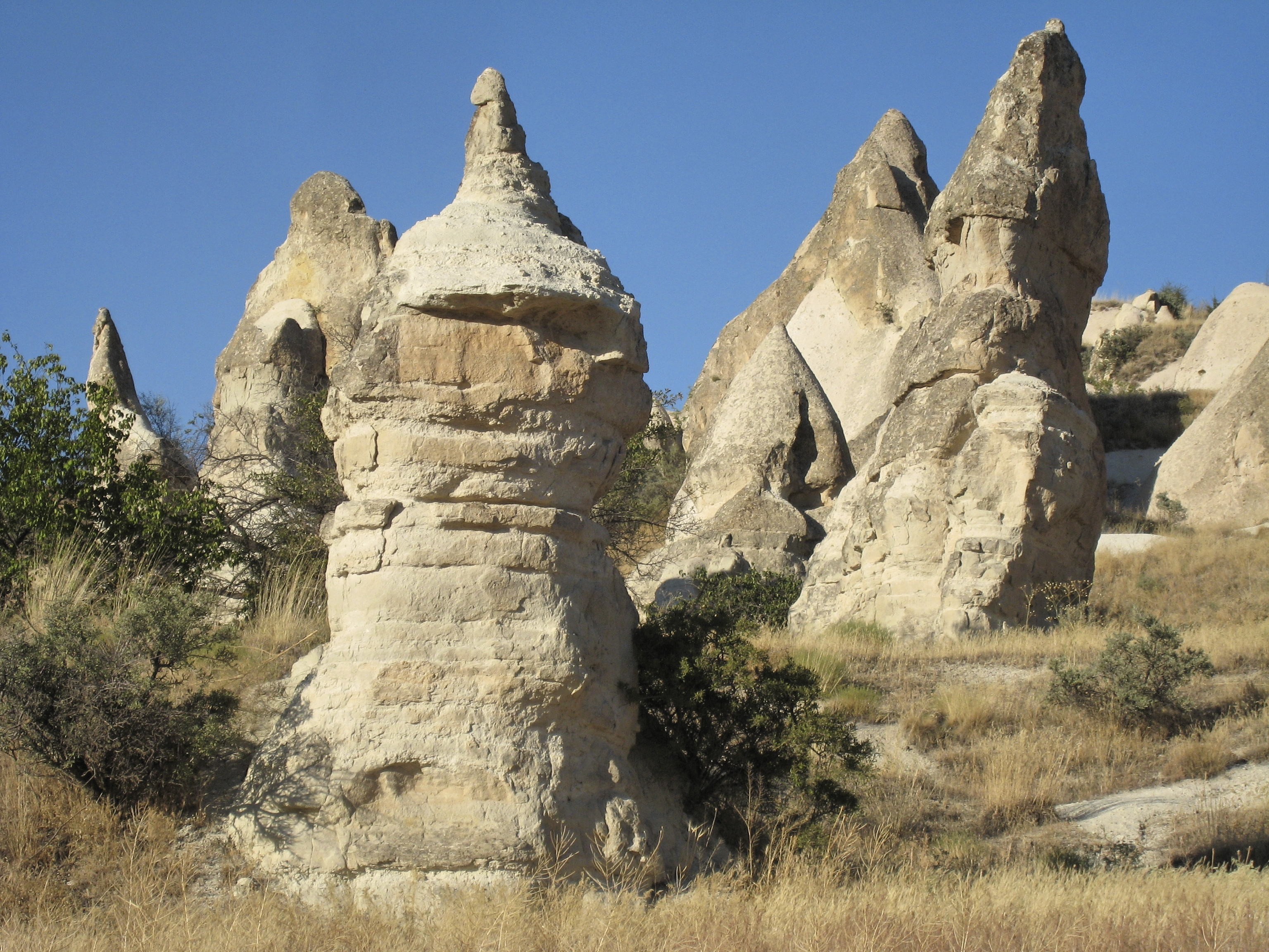 Fairy chimney rock formations, Goreme, Cappadocia Turkey 6.jpg - Goreme, Cappadocia, Turkey